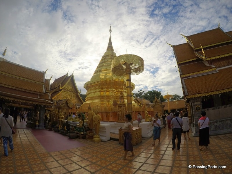 The most crowded temple in Chiang Mai
