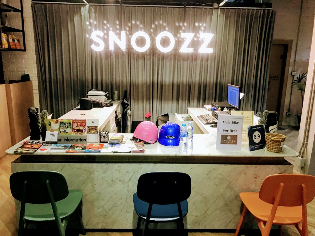 Snoozz Hotel - Good hostel in Krabi Town